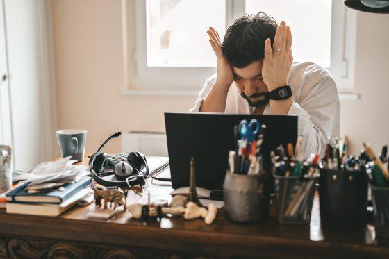A geração burnout: desafios de millennials e gen-z com saúde mental no ambiente de trabalho